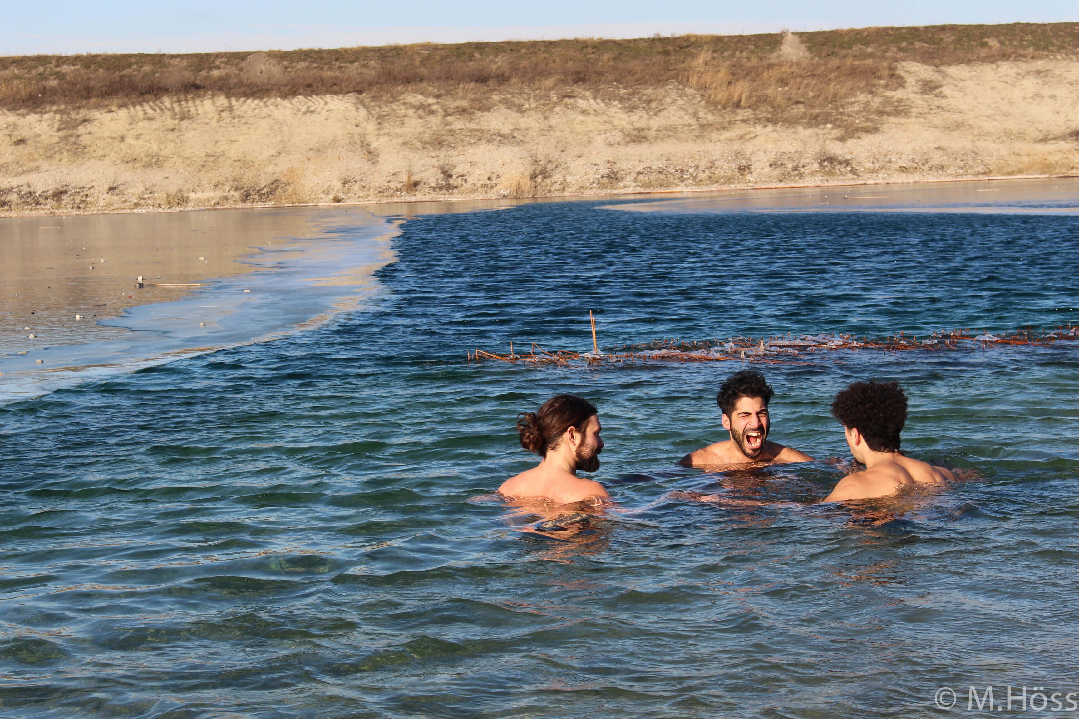 Beim Eisschwimmen